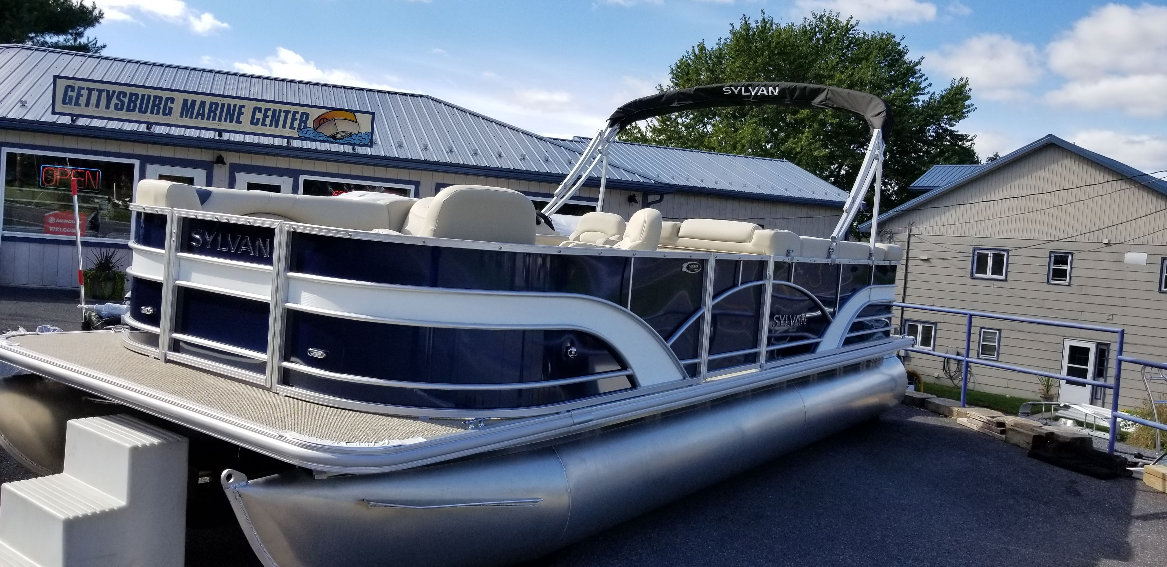 2019 SYLVAN MIRAGE 8522 PORT