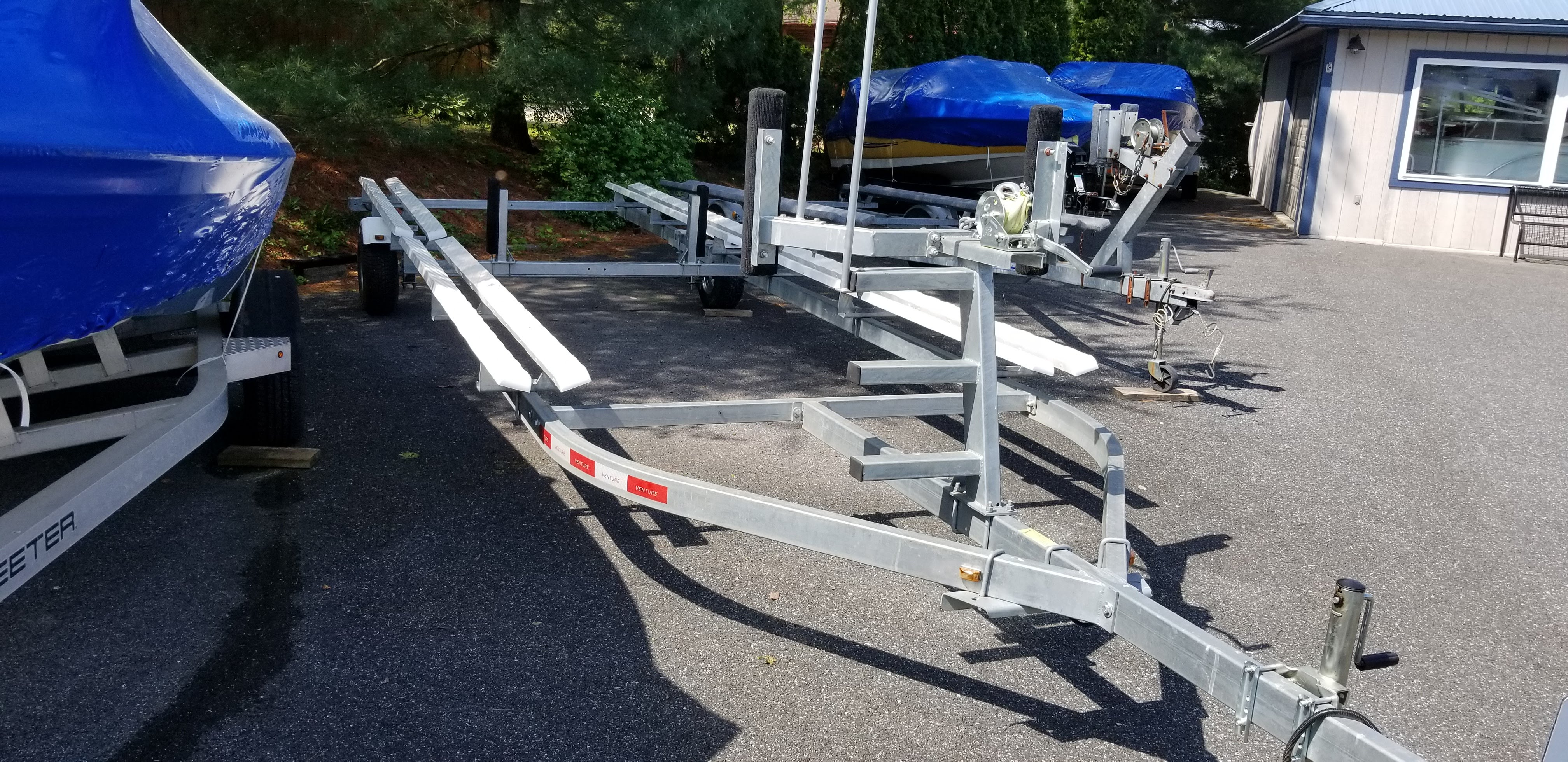 2015 VENTURE PONTOON TRAILER